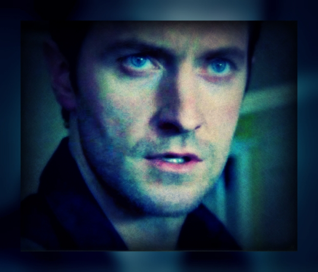Various-RA-screencaps-richard-armitage-20587060-671-561